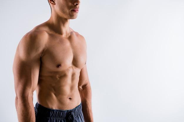 Retrato de esportivo viril cara treinador pessoal treinador motivação lutador lutador