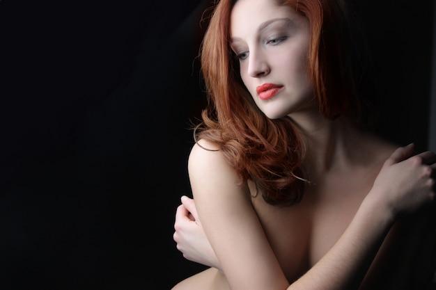 Retrato, de, excitado, mulher jovem
