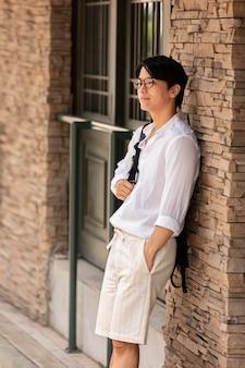 Retrato de jovem asiático