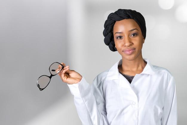 Retrato de médico feminino
