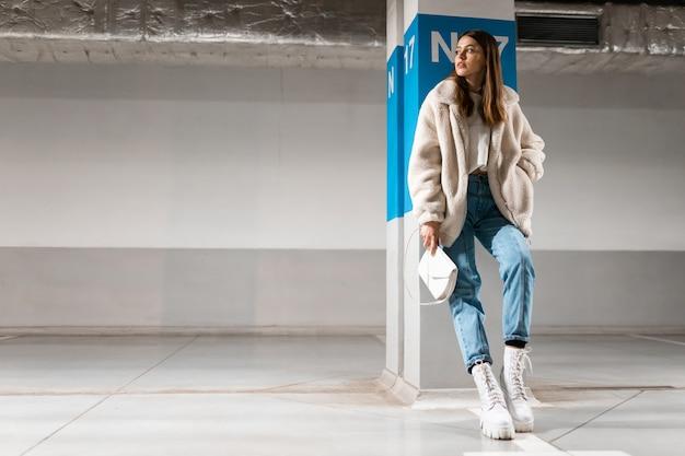 Retrato de menina na moda