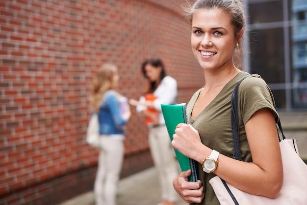 Retrato de mulher antes da aula