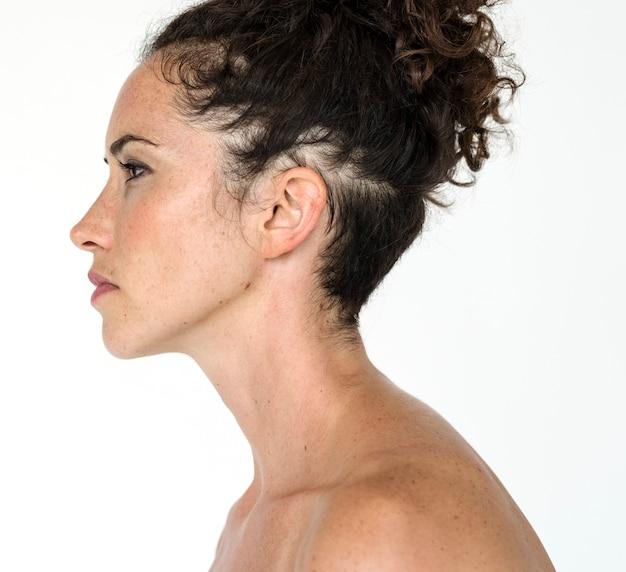 Retrato, de, mulher bonita, com, cabelo ondulado