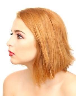 Retrato de mulher bonita com maquiagem brilhante