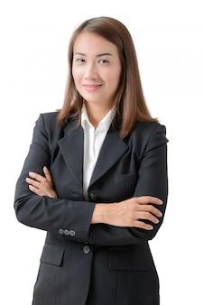 Retrato de mulher de negócios. braços cruzados
