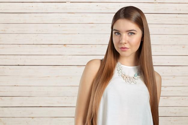 Retrato de mulher de negócios caucasiano