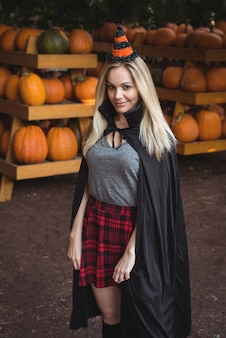 Retrato, de, mulher, em, traje halloween