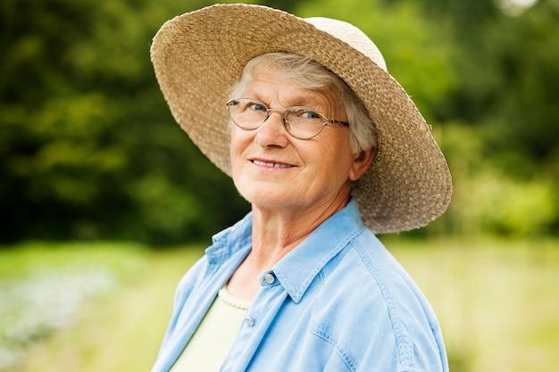Retrato de mulher idosa