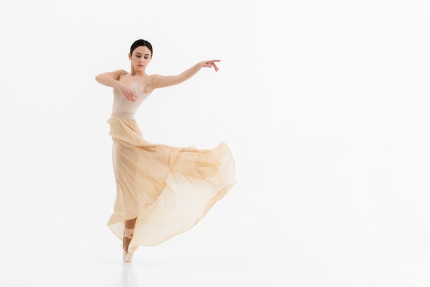 Retrato, de, mulher jovem, dançar balé