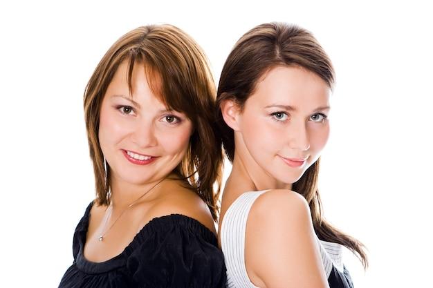 Retrato de mulher linda casal sobre branco