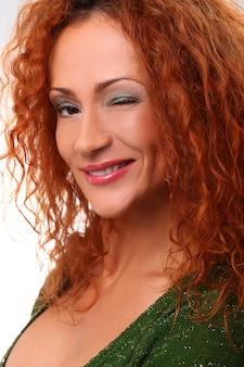Retrato de mulher ruiva