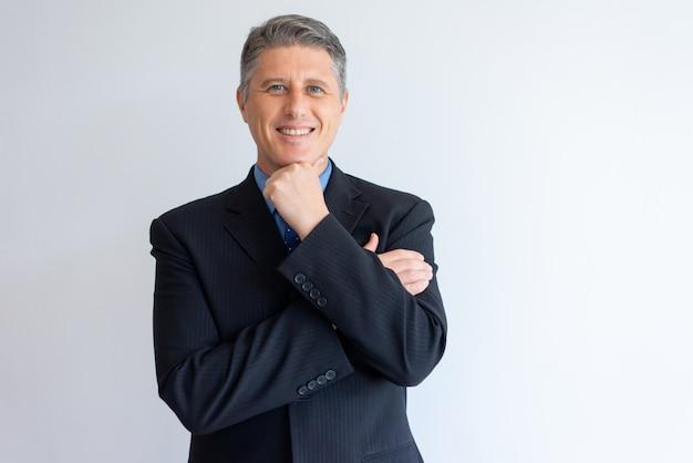 Retrato, de, positivo, confiante, homem negócios