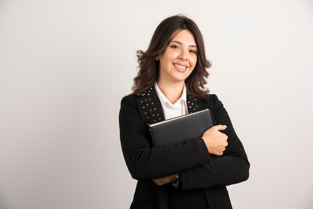 Retrato de professora em branco.