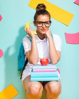 Retrato, de, schoolgirl, ligado, um, memphis, fundo