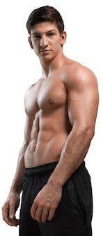 Retrato de um belo modelo masculino musculoso