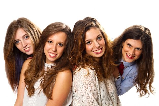 Retrato de um grupo de amigo feliz