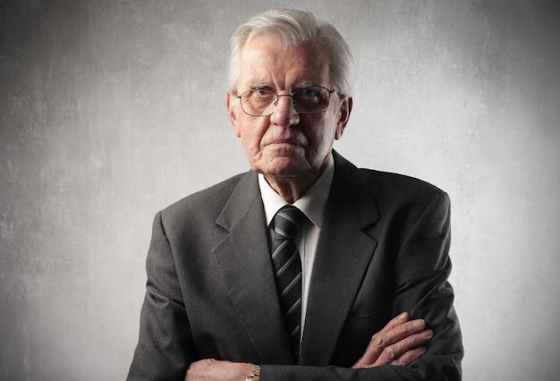 Retrato, de, um, idoso, homem negócios