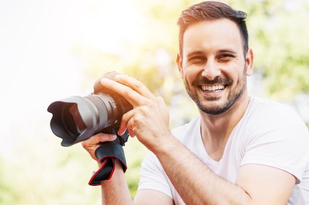 Retrato, de, um, profissional, fotógrafo, com, um, câmera