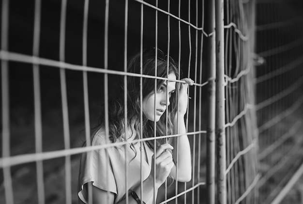 Retrato, de, um, triste, mulher jovem