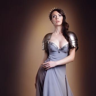 Retrato de uma bela dama guerreira