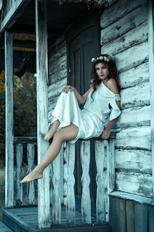 Retrato de uma jovem mulher dos pesadelos, conceito de halloween.