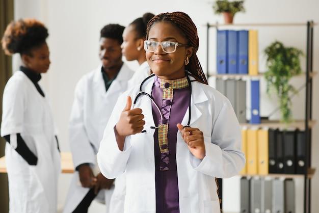 Retrato de uma médica simpática