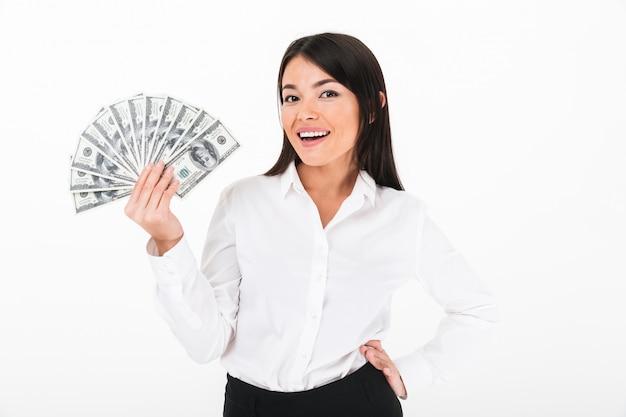 Retrato de uma mulher de negócios asiático bem sucedido