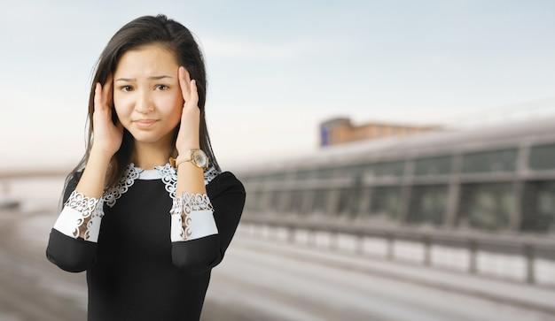 Retrato de uma mulher triste e deprimida