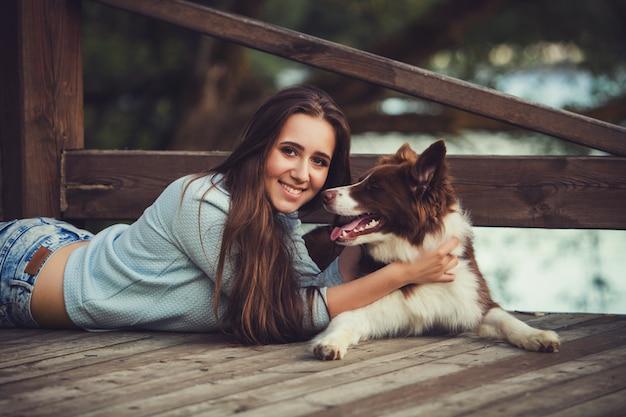Retrato, mulher, e, cão