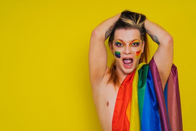 Retrato transexual masculino, suporte conceitual para gays, lésbicas, transexuais e contra a homofobia