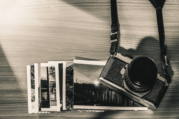 Retratos e memórias velhos da película da câmera retro