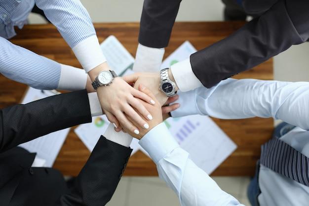 Reunião bem sucedida no escritório