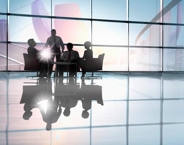 Reunião de negócios corporativos