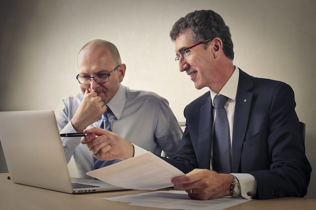 Reunião de negócios e cooperação