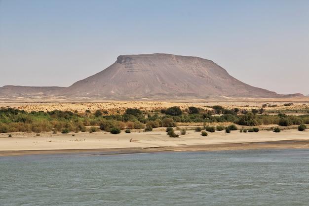 Rio nilo perto da ilha sai, sudão