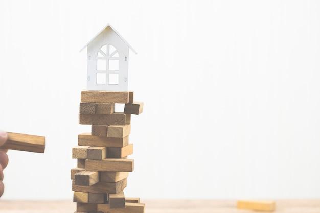 Risco de investimento e incerteza no mercado imobiliário. investimento imobiliário.