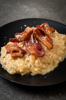Risoto com bacon crocante