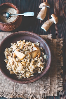 Risoto com cogumelos porcini