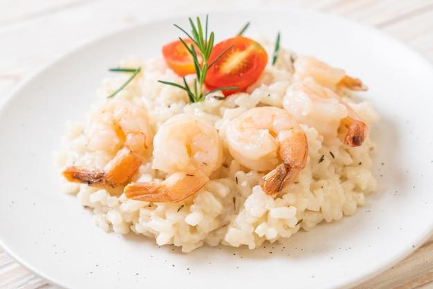 Risoto italiano com camarão