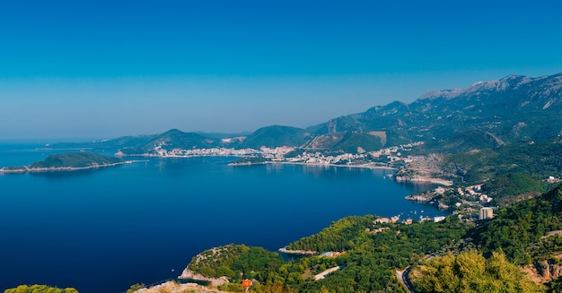 Riviera de budva em montenegro