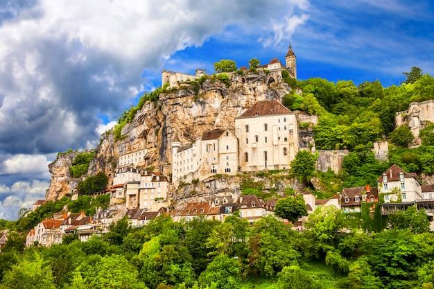 Rocamadour - bela vila francesa e castelos no penhasco