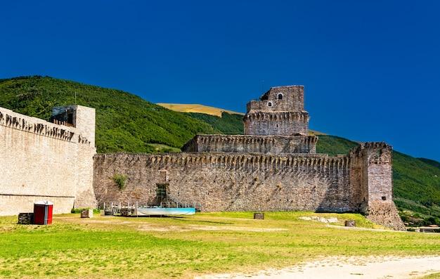 Rocca maggiore, um castelo em assisi umbria, itália