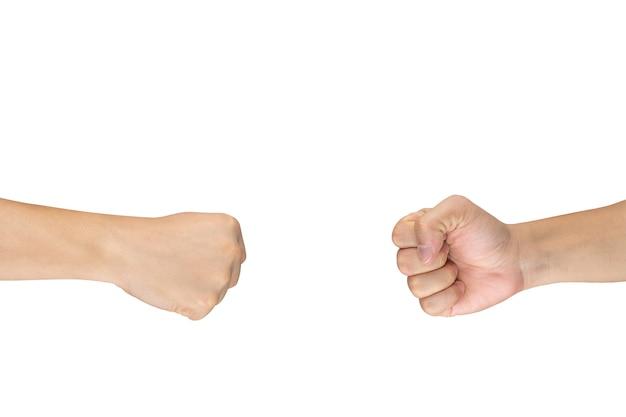Rock paper scissors jogo de mão de jogo para todas as idades e sexo. este é um post de mãos masculinas asiáticas sobre fundo branco.