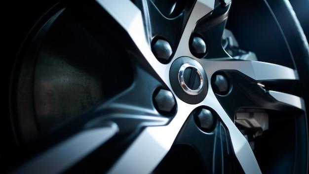 Roda de carro de luxo de borda de alumínio closeup