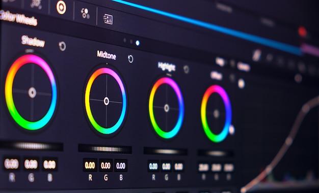 Rodas de cores em software de edição de vídeo, foco seletivo