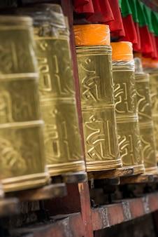 Rodas oração, em, potala, palácio, lhasa, tibet, china