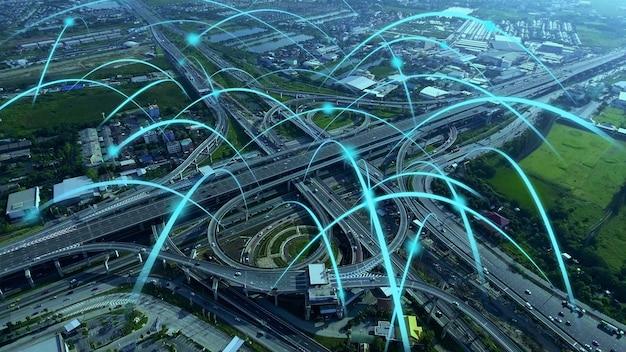 Rodovia urbana digital inteligente com gráfico de globalização da rede de conexão