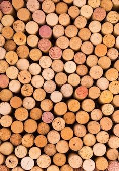 Rolhas de garrafas de vinho.
