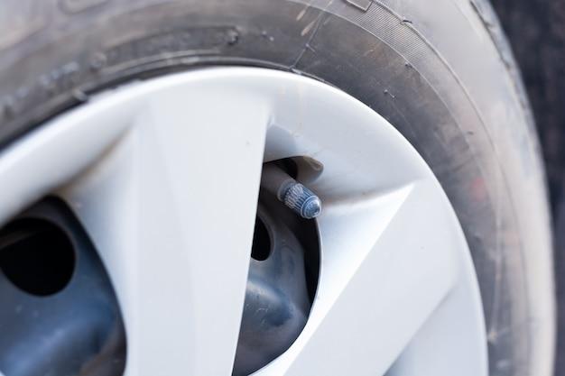 Rolhas de pneu