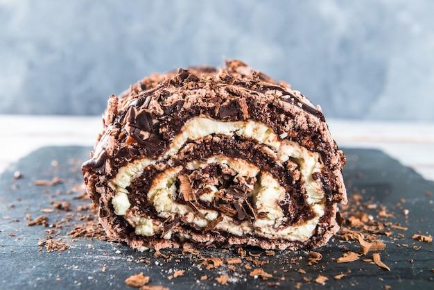 Rolo de merengue de chocolate belga